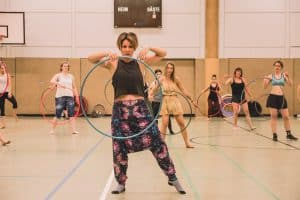 Teach Hula Hoop Dance